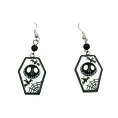 Sweet Nightmare Before Christmas earrings in coffin shape. NBC Jack Skellington doodskist oorbellen zwart/wit - Halloween