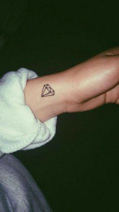 Meaningful Small Tattoos for Women Bff Tattoos, Sharpie Tattoos, Dainty Tattoos, Subtle Tattoos, Friend Tattoos, Mini Tattoos, Finger Tattoos, Body Art Tattoos, Tatoos