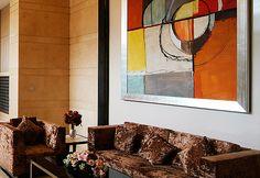 Decoração com quadros abstratos. Arte na decoração. Ideias criativas para os ambientes.