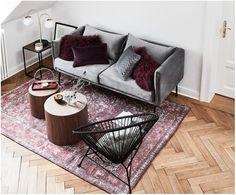 Vintage Chenilleteppich Palermo in Rot Palermo, Home Office, Bordeaux, Interior Styling, Interior Design, Bedroom Sofa, Piece A Vivre, Chenille, Decoration Design