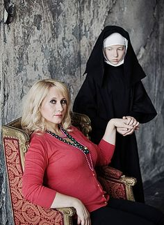 The mother will force you to be too timid and shy in order to look better alongside with you. Photographer Anna Radchenko explores this theme in her project… Anna, Netflix Free Trial, Mother Daughter Relationships, Narcissistic Mother, Funny Meme Pictures, Russian Fashion, Russian Style, Mothers Love, Humor