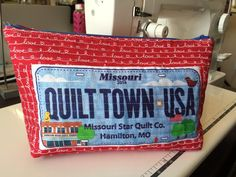 Make a zipper pouch with your Row by Row fabric license plate! No tute, just a reminder.