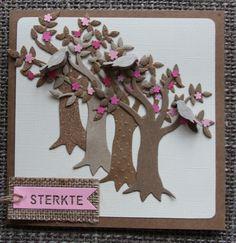 Kraft-roze kaart met bomen