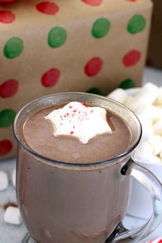 Frozen Peppermint Hot Cocoa Toppers - Homemaking Hacks