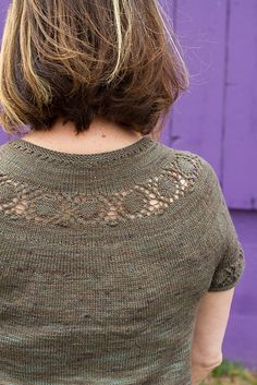 Ravelry: Heverly pattern by Julia Farwell-Clay