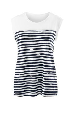 Discover cabi's First Mate Tee, a wear-everywhere T-shirt begging to be worn with any jean in your closet.