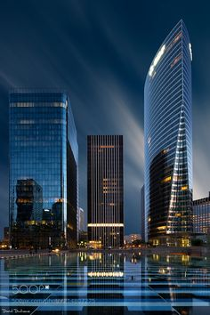 Blue hour at La Défense - Here is a shot taken at la Défense the business district area located in Paris surroundings.