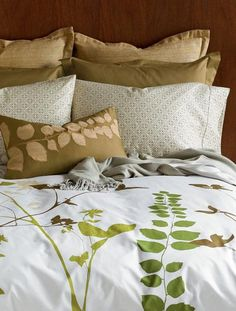 Discount prices on Amanda Green Duvet Cover Set Bedding. Shop our incredible selection of interior decorating products. King Duvet Cover Sets, Duvet Sets, Bed Sets, Green Duvet Covers, Queen Duvet, Bed Spreads, Modern Furniture, Bed Pillows, Master Bedroom