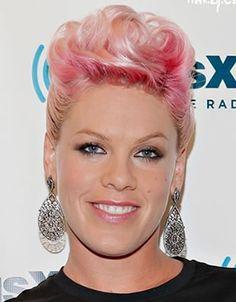 <3 Pink Hair Chalk On Short Hair