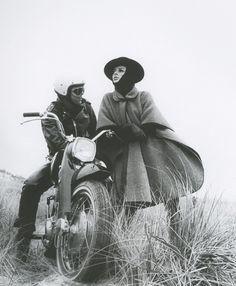 Bonnie Cashin cape, 1966. Photo by Francesco Scavullo.