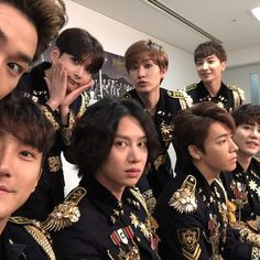 Find images and videos about super junior, suju and donghae on We Heart It - the app to get lost in what you love. Yesung, Kim Heechul, Siwon, Henry Super Junior, Kangin Super Junior, Fandom, Super Elf, Programa Musical, Korean Boy