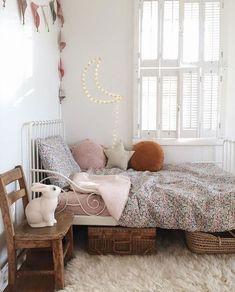 Vintage Interior Design Kids Interior Design Trends for 2019 - Lunamag. Decor Room, Bedroom Decor, Home Decor, Bedroom Ideas, Bedroom Lighting, Bedroom Styles, Bedroom Wall, Interior Design Trends, Design Ideas