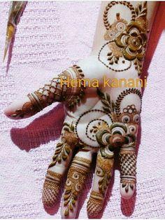 Modern Henna Designs, Khafif Mehndi Design, Floral Henna Designs, Latest Arabic Mehndi Designs, Henna Art Designs, Mehndi Designs For Girls, Mehndi Designs For Beginners, Mehndi Designs 2018, Dulhan Mehndi Designs