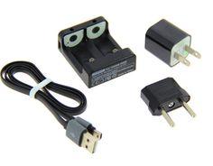 Rechargez les accus de votre stabilisateur Feiyu G4 grâce à ce chargeur compact. Un câble USB et un adaptateur secteur Europe sont fournis.