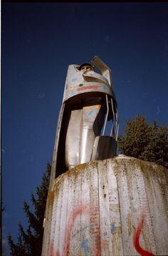 Jurij Gagarin sculpter. Steel.