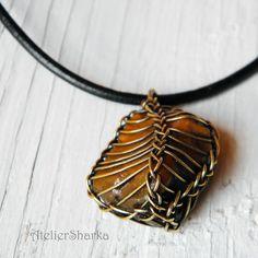 "Interesting technique. Stone in ""viking knit"" basket"
