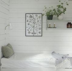 my scandinavian home: An idyllic Finnish cottage with an outdoor summer kitchen Home Bedroom, Bedroom Decor, Bedrooms, Beddinge, Scandinavian Cabin, Summer Cabins, Summer Kitchen, Kitchen Time, Cottage Interiors