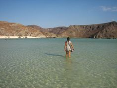 La Paz. Baja California Sur. Non stop walking by the sea. Silence. Nature. Peace.