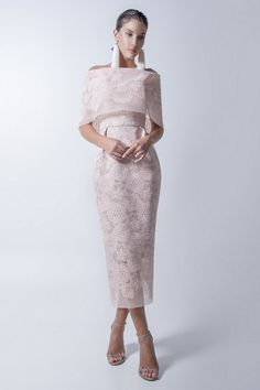 New In Ramonfilip Trendy Clothes For Women, My Wardrobe, Evening Gowns, Beautiful Dresses, Lace Skirt, Cool Outfits, Vintage Fashion, Formal Dresses, Skirts