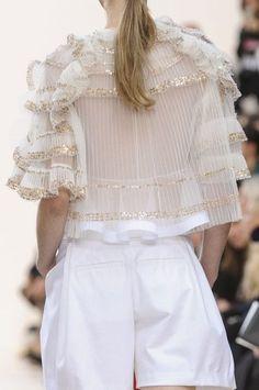 Chloe Fashion show & more luxury details