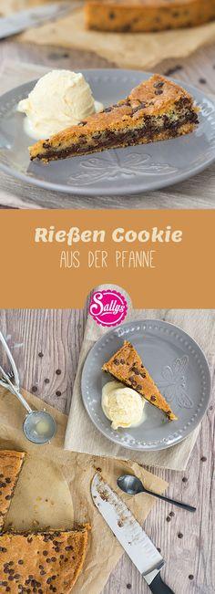 Außen knusprig, innen weich – der riesen Cookie aus der Pfanne. Das perfekte Dessert für Schokoladen- und Cookie-Liebhaber.  #cookies