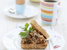 Toast mit Hackfleisch ist ein Rezept mit frischen Zutaten aus der Kategorie Fleisch. Probieren Sie dieses und weitere Rezepte von EAT SMARTER!