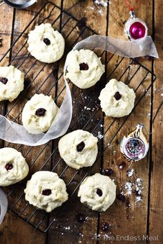 Melt-In-Your-Mouth Shortbread Cookies | aka: the best Christmas cookies you will ever eat!