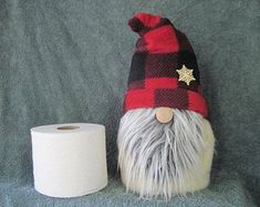 Toilet Paper Crafts, Toilet Paper Roll, Sock Crafts, Paper Roll Crafts, Diy Crafts, Craft Patterns, Sewing Patterns, Gnome Tutorial, Christmas Gnome