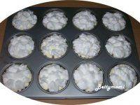 Túros-citromos muffin | Betty hobbi konyhája Hobbit, Decorative Plates, Muffin, Muffins, The Hobbit, Cupcakes