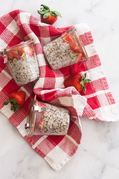 5-Ingredient Quinoa Breakfast Pots #quinoa #breakfast
