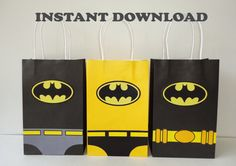 Printable--> Batman Birthday Party Favor Bags/ Bag/ Favors/ Goodie/ Goody/ Loot/ Candy/ Treat Bags/ Bag/ Party Decoration/ Decor/ Fiesta