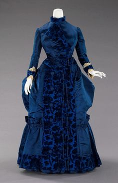 28-10-11  1885 afternoon dress.  She must have been a petite curvy lady, like me!