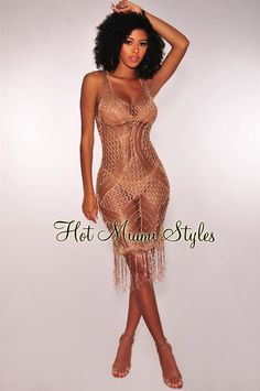 Get your beach babe looks this season with this chic rose gold metallic knit fringe cover up dress. Mesh Dress, Knit Dress, Micro Swimwear, Types Of Skirts, Hot Miami Styles, Bikini Cover Up, Miami Fashion, Embellished Dress, Types Of Sleeves