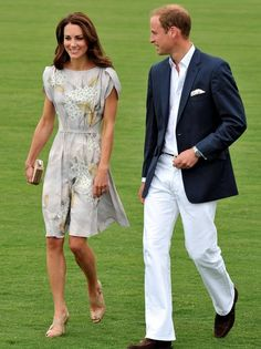 Kate Middletons Fashion Moments in Pictures
