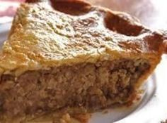 French Canadian Tourtière (meat pie) a Christmas Tradition to many on the East Coast(Fall Recipes Meat) Tortiere Recipe, French Meat Pie, French Food, French Pork Pie Recipe, French Canadian Meat Pie Recipe, Pie Recipes, Cooking Recipes, Recipies, Supper Recipes
