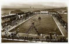 The Derby Pool - Happy memories of going there in the 1970's, the water was always freezing!