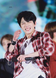 190419 거제 You are my new dream.#최보민 #보민 #골든차일드 #bomin #Golden_Childpic.twitter.com/gUCemytl5f Hi Boy, Korean Aesthetic, Woollim Entertainment, Drama Korea, Golden Child, Ulzzang Boy, Korean Men, Jaehyun, K Idols