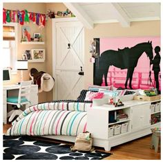 Horse bedroom...ummm where was pinterest when I was 10???