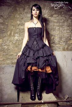 Google Image Result for http://4.bp.blogspot.com/-tko_JsN3TbY/TYlqosJi6KI/AAAAAAAAAe0/sSMXYav4Lho/s800/Gothic_Steampunk_Black_Wedding_Gown03.jpg