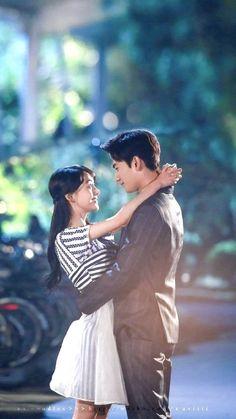 Lovely yang yang and zheng shuang 😍 Cute Love Couple, Best Couple, Asian Actors, Korean Actors, Yang Yang Zheng Shuang, Love 020, Yang Yang Actor, Wei Wei, Yang Wei