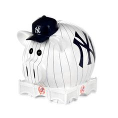new york yankees resin piggy bank