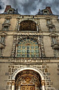 La Porte Dorée ou d'Orée a été l'entrée principale du château de Fontainebleau.