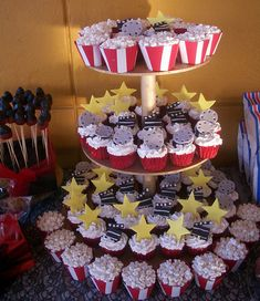 Hollywood Cupcakes by sandra vidrio, via Flickr