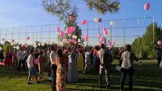 Suelta de globos de helio para boda en Salamanca Balloon Release, Wedding Balloons, Helium Balloons, Weddings