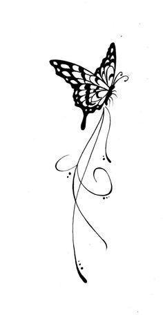tatouage papillon avec des contours noirs