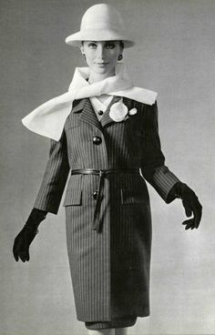 1963 - Yves Saint Laurent ensemble