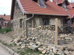 1 éve kezdtük- itt tartunk most Cement, Provence, Firewood, Cabin, House Styles, Vintage, Home Decor, Ideas, Woodburning
