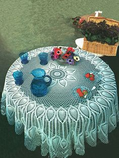 PDF Vintage 1970s Victorian Lacy PINEAPPLE Tablecloth Crochet