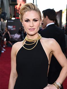 "Anna Paquin's pretty—part rockabilly, part romantic—updo at the ""True Blood"" premiere"