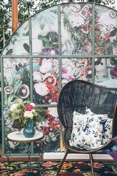 Blooming Gia Bloom, Chair, Flowers, Furniture, Beautiful, Home Decor, Decoration Home, Room Decor, Home Furnishings